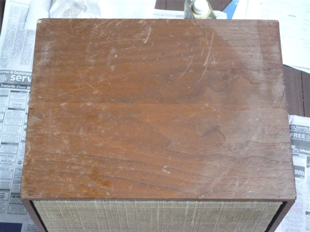 Top of a speaker cabinet before restoration