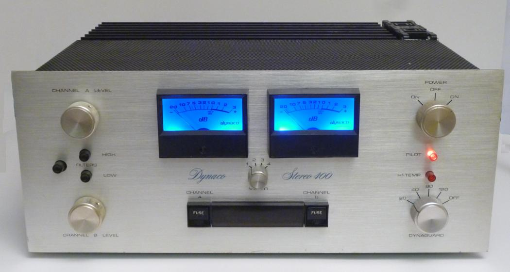 Stereo 400 with meters lit up by blue light kits